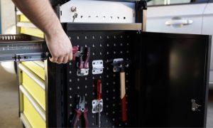 LISTA Werkstattwagen Schrankapplikation